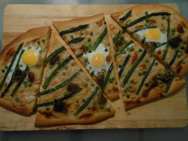 Pizza met groene asperges (Small)