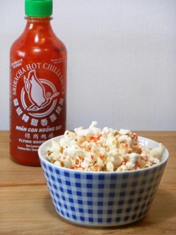 Sriracha popcorn (Small)