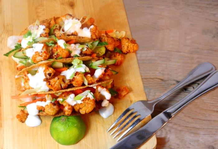 Vegetarische taco met bloemkool