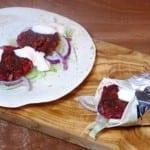 Bieten tofu falafel wrap (veganistisch)