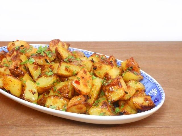 Batata harra (pittige aardappeltjes uit de oven)