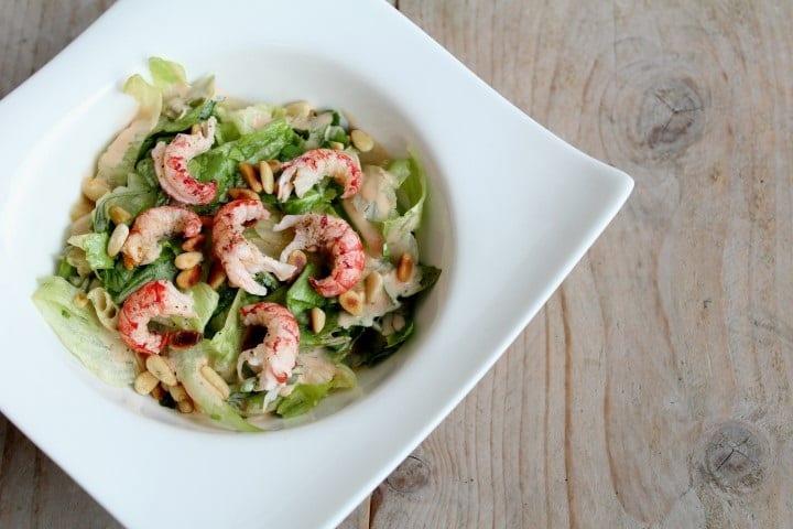 Salade met verse rivierkreeftjes (en leer gelijk hoe je ze schoon moet maken & bereiden!)