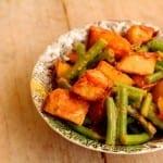 Aardappelsalade met sperziebonen en harissa
