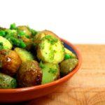 Aardappeltjes met muntpesto