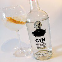 Wagging Finger Gin