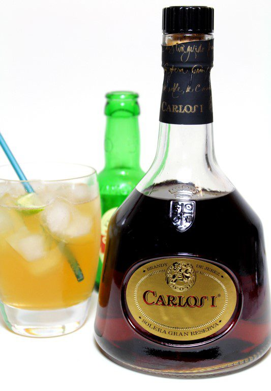 Carlos I Brandy cocktail met gemberbier