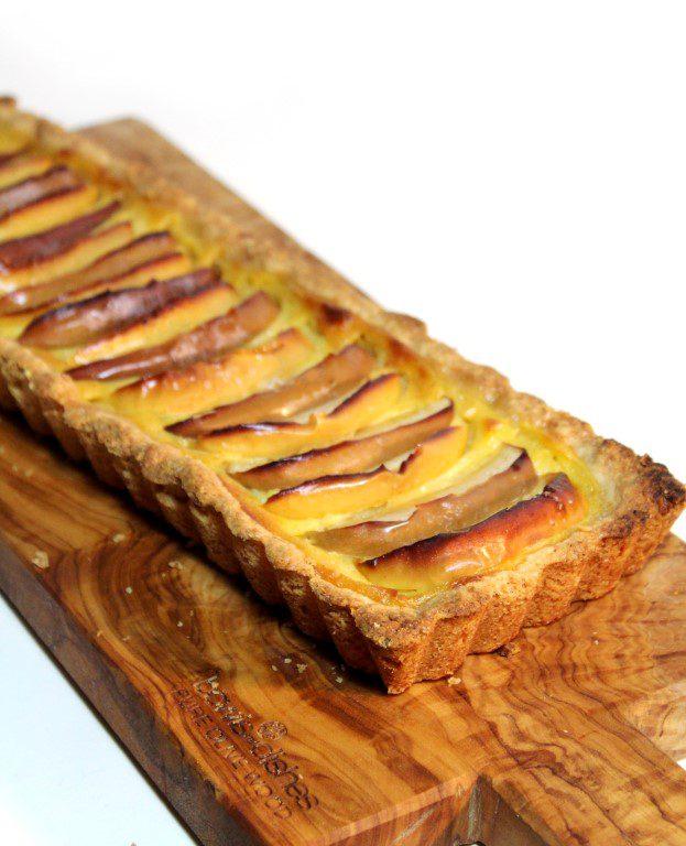 Appeltaart met banketbakkersroom - heerlijk als dessert of bij de koffie!