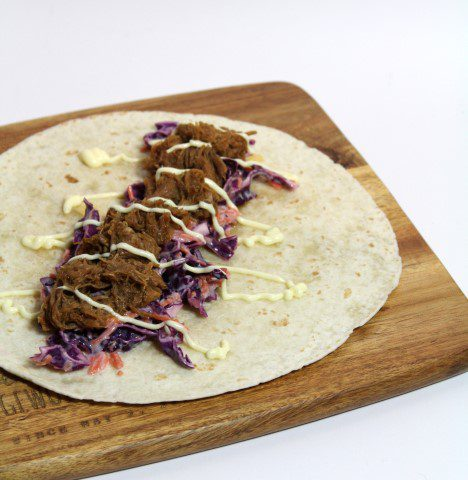 Wrap met pulled pork en rode coleslaw