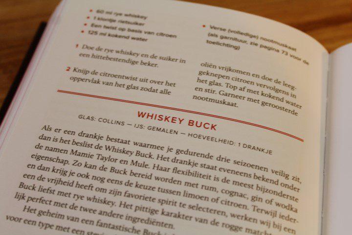 De 12 Bottle Bar - Cocktailboek voor de echte liefhebber!
