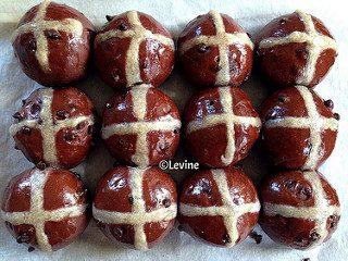 Hot Cross Buns - Paasbroodhaantjes - Paasbrood maken - Een overzicht van Nederlandse foodbloggers!