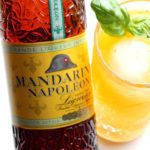 Mandarine Napoléon Mango cocktail