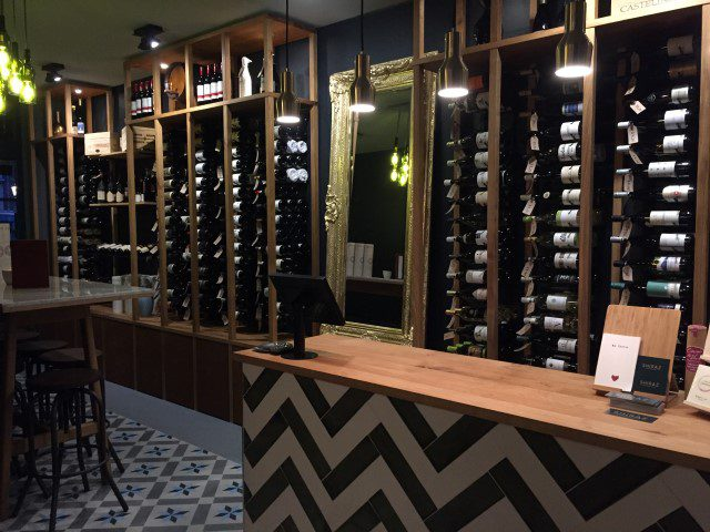 Toerist in eigen land: Amsterdam - SHIRAZ wijnbar