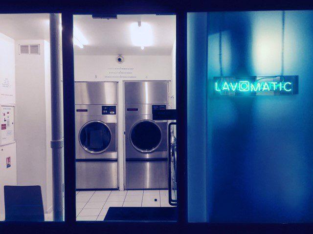 Lavomatic: Cocktails drinken in een Parijse wasserette