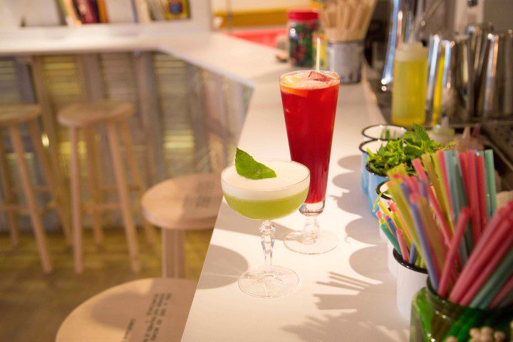 Lavomatic: Cocktails drinken in een Parijse wasserette