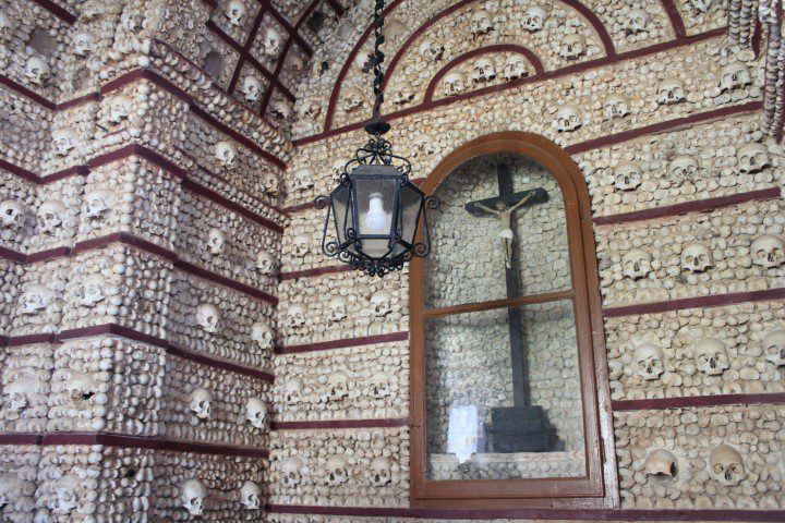 Food Tour in Faro: Capela dos Ossos (Bone Chapel)