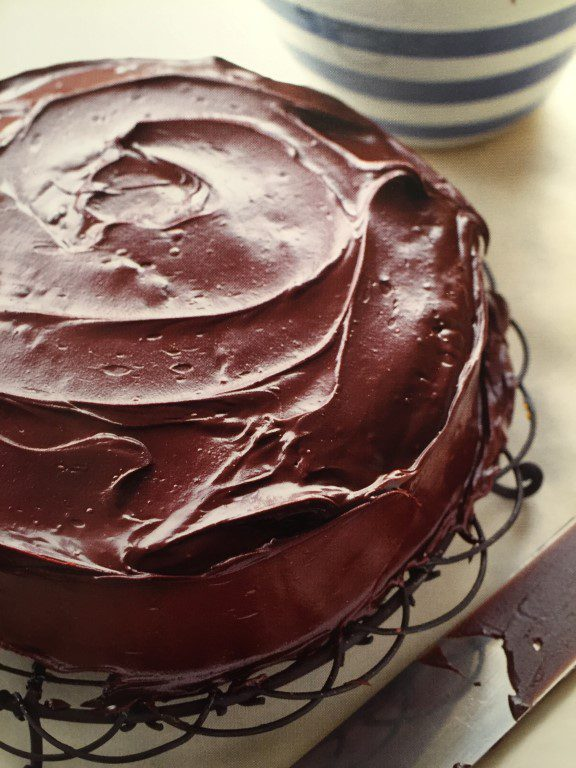 Mary Berry's Chocolade rum cake