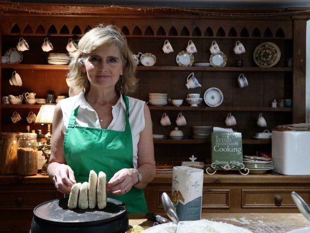 De smaken van Noord-Ierland - Brood bakken met Tracey van NI Foodtours