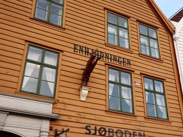 Wat te doen in Bergen Noorwegen - Enhjørningen Fiskerestaurant