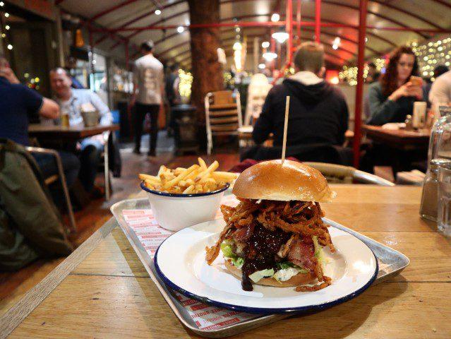 Alle tips voor een citytrip Bristol - Three Brothers Burgers