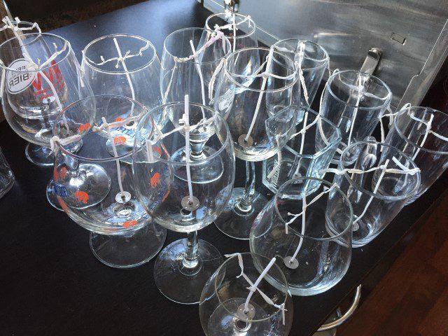 Teveel glaswerk? Maak er kaarsen van!