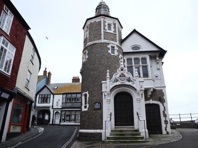 Niet culinaire dingen doen aan de Engelse Zuidkust - Charmouth Beach & Lyme Regis