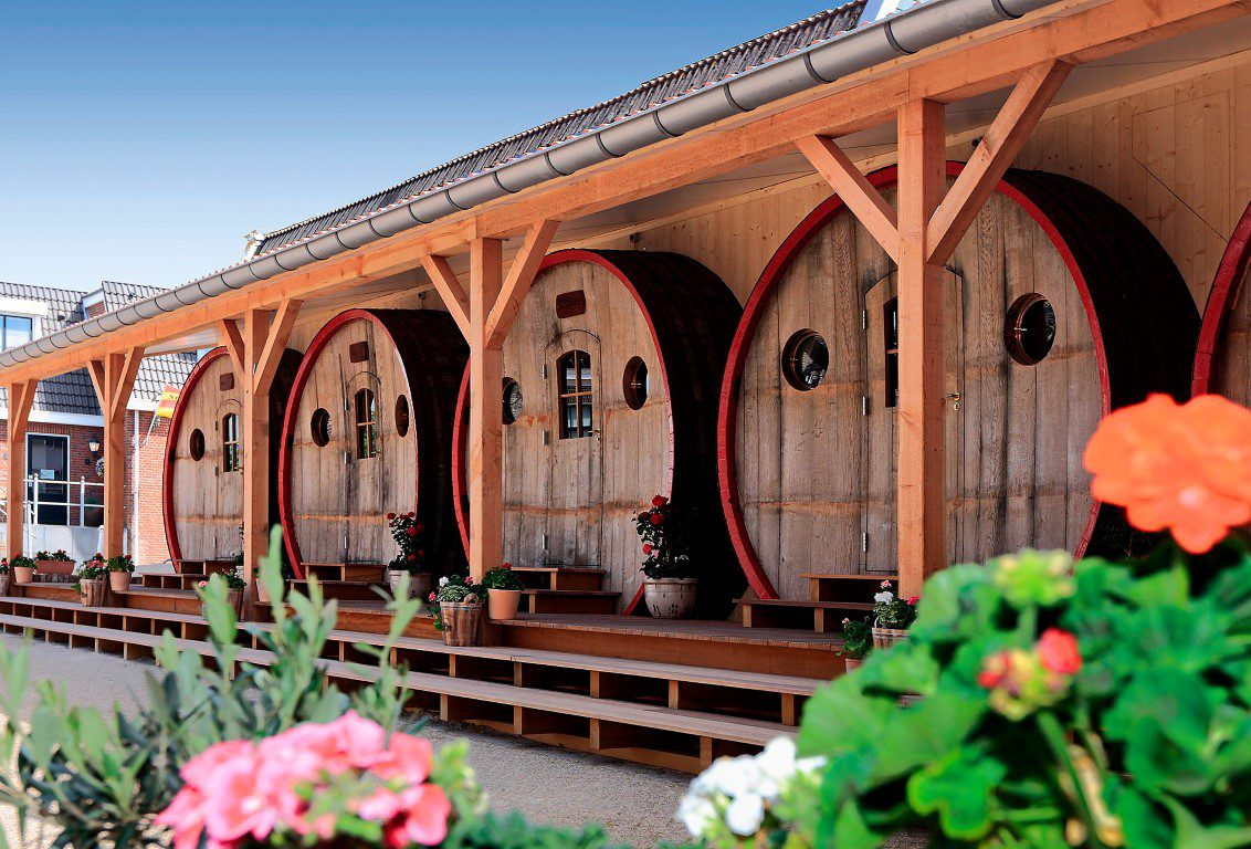 Bucketlist: 8x slapen in een wijnvat - HOTEL DE VROUWE VAN STAVOREN