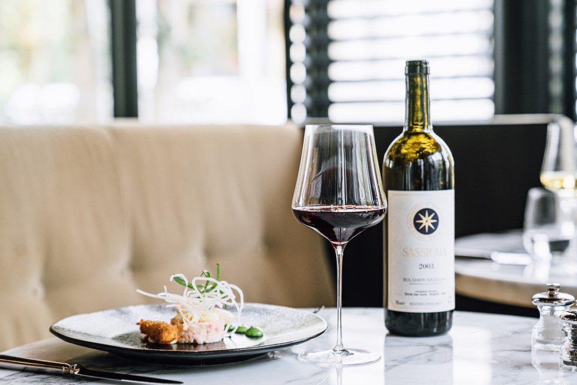5 Super Tuscans die elke wijnliefhebber geproefd moet hebben - Sassicaia