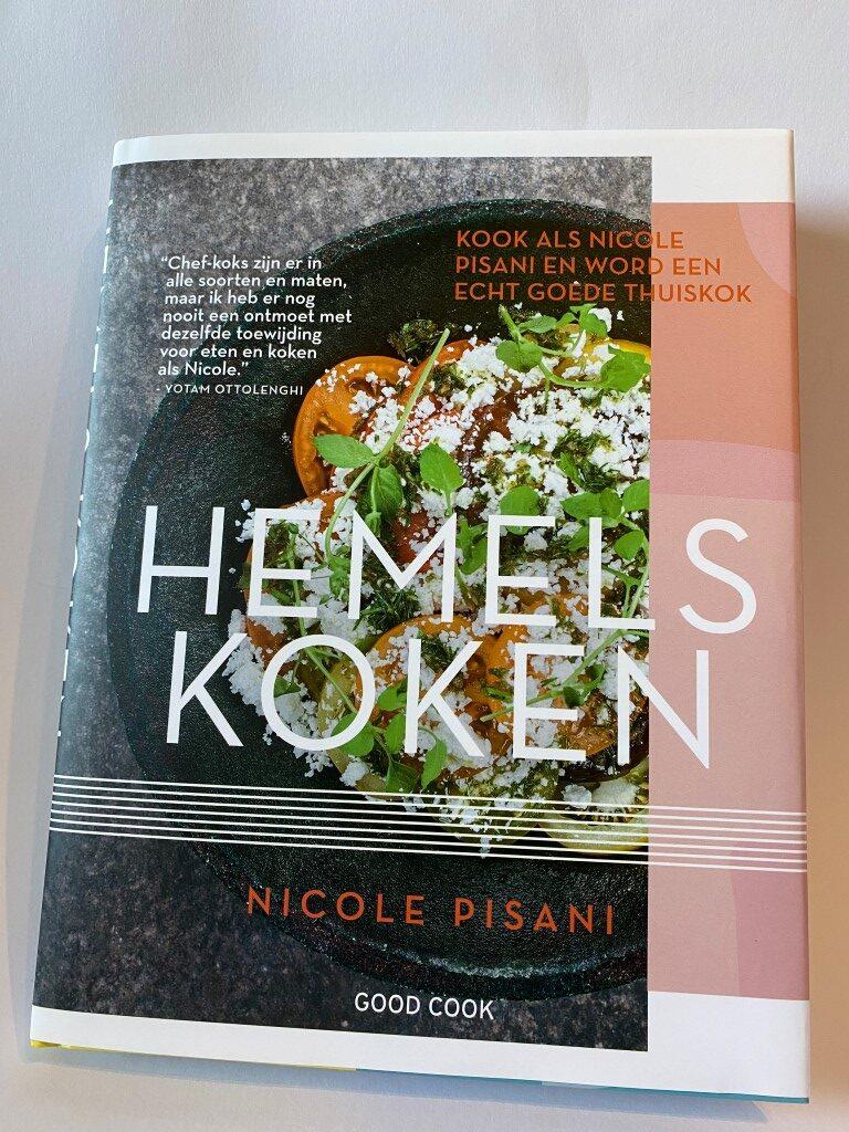 Review: Hemels Koken - Nicole Pisani