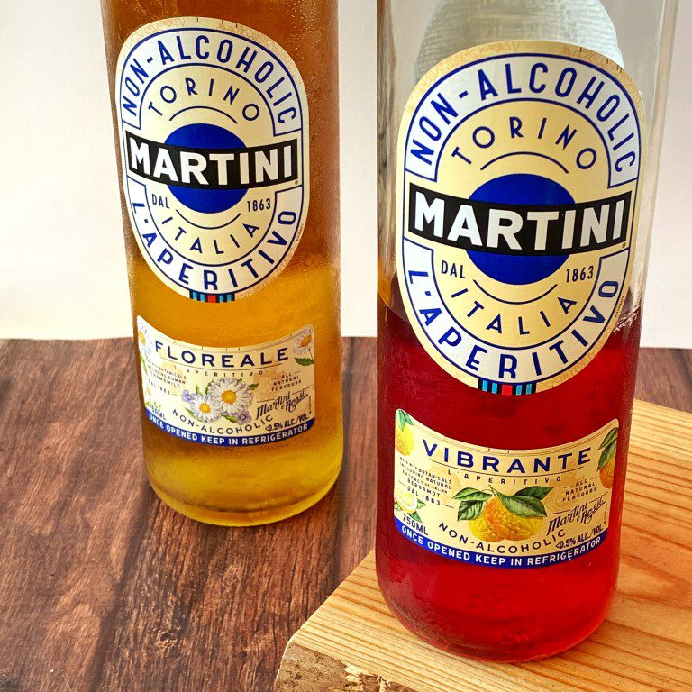 Alcoholvrije Martini cocktail - Martini Non-Alcoholic Vibrante
