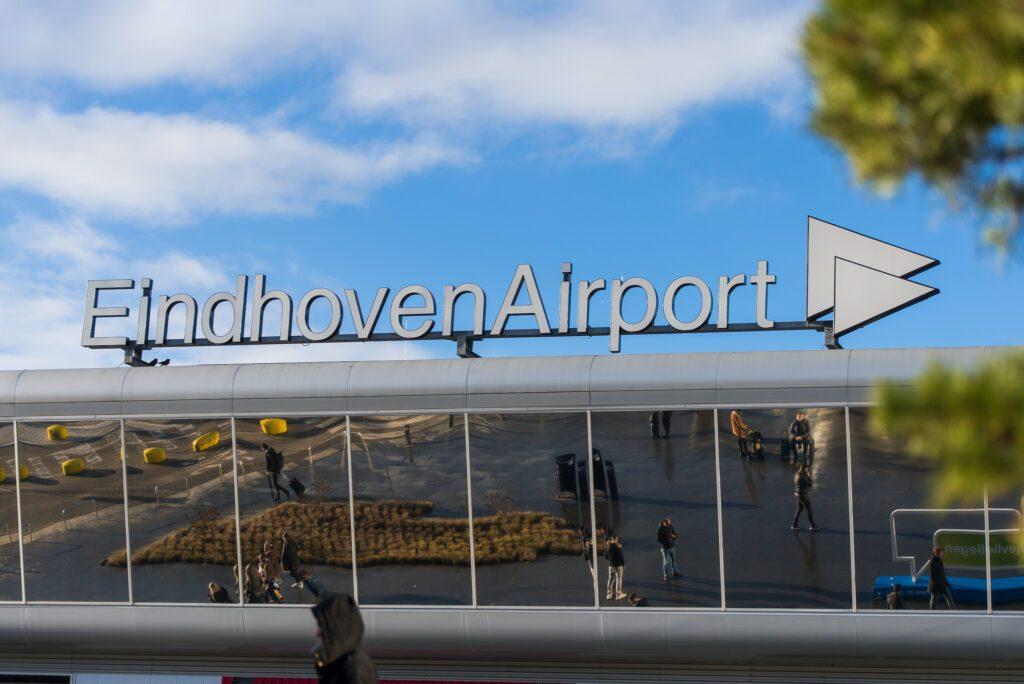 Tip parkeren Eindhoven Airport