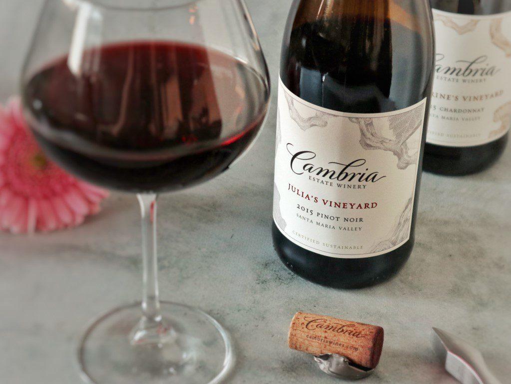 Julia's Vineyard Pinot Noir 2015