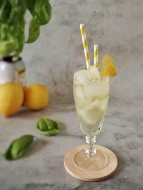 Basilico cocktail - Aravevi Fresh Limoncello