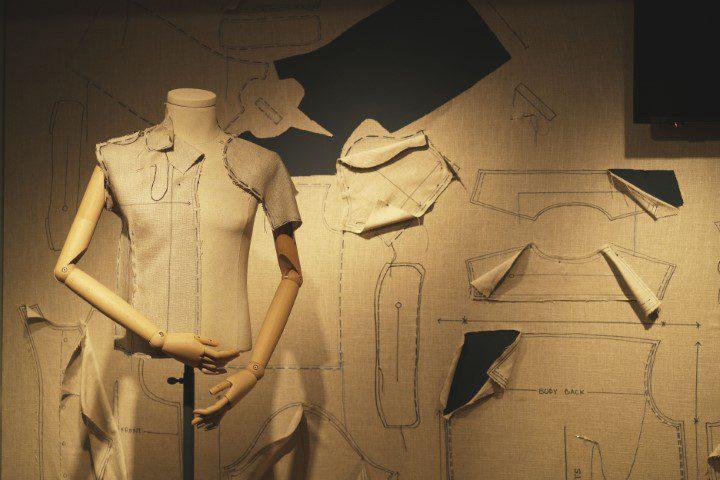 Fashion & Fabric_©Copyright Hilodi