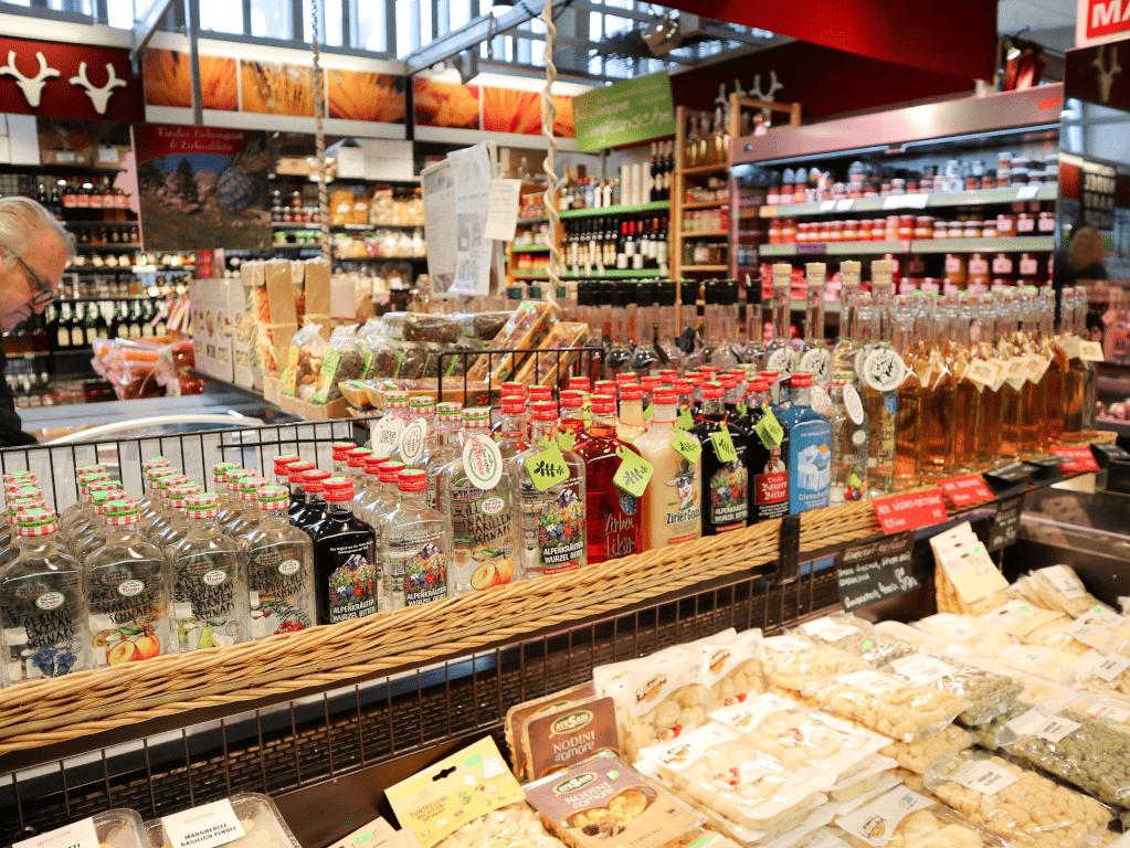 Shoppen in de Martkhalle Innsbruck